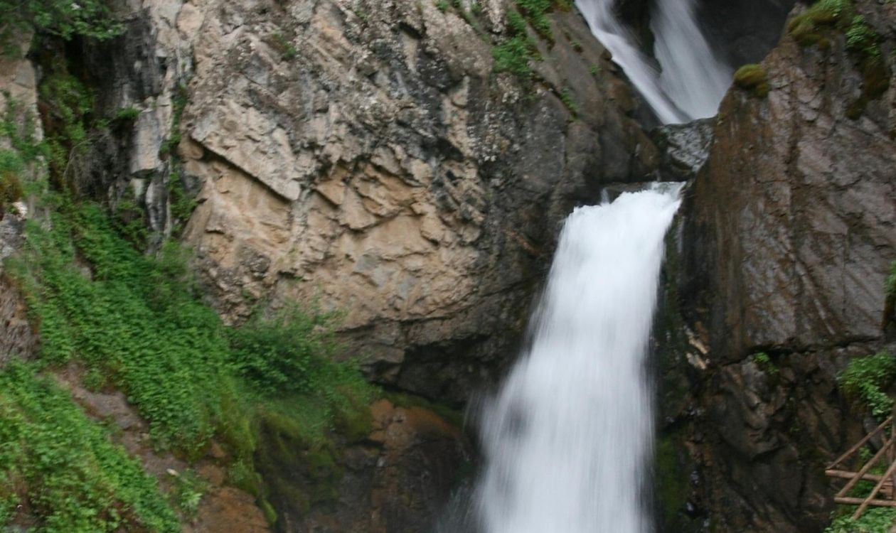 водопад Кайракский
